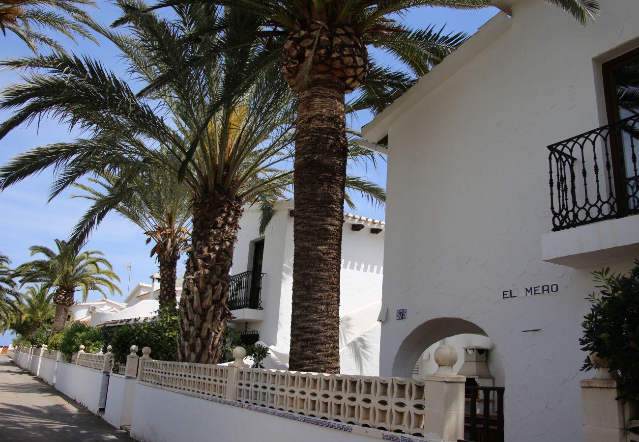 Villa en Denia - Villa EL MERO 1ª Línea Playa