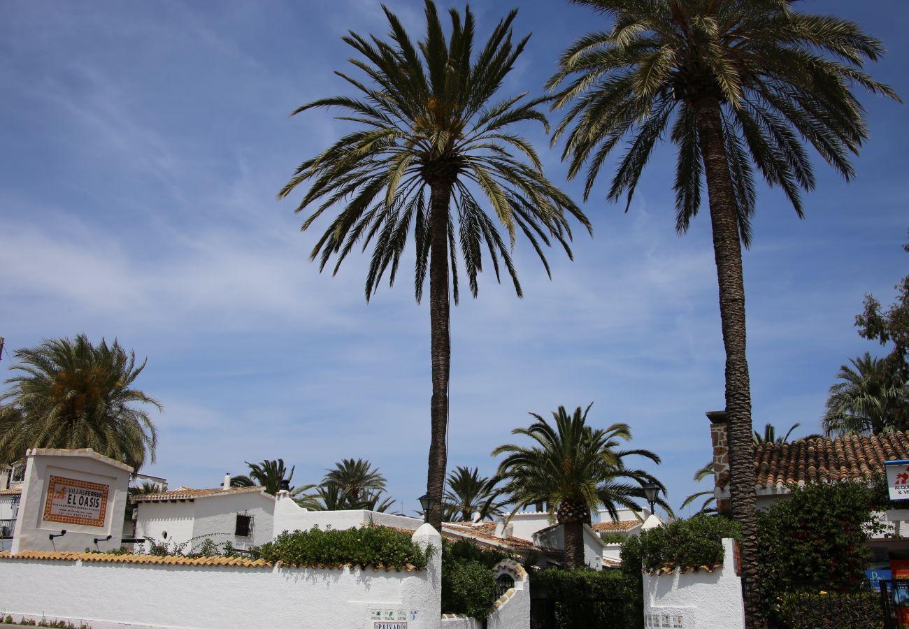 Villa en Denia - Villa LA PALMERA 1ª Línea Playa