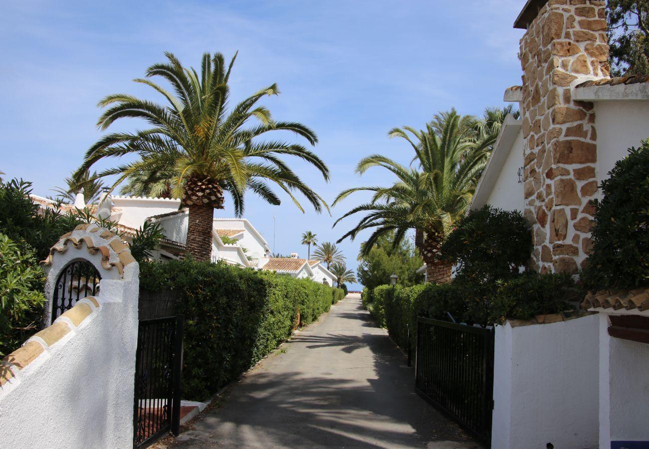 Villa en Denia - Villa LA TARDE 1ª Línea Playa