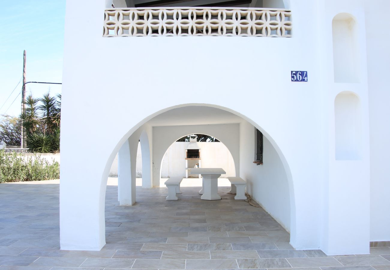 Villa en Denia - Villa LA YUCA 1ª Línea Playa