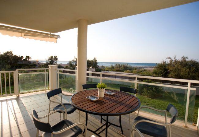 Ferienwohnung in Denia - LES PORTELLES Nº64 1ª Línea Playa