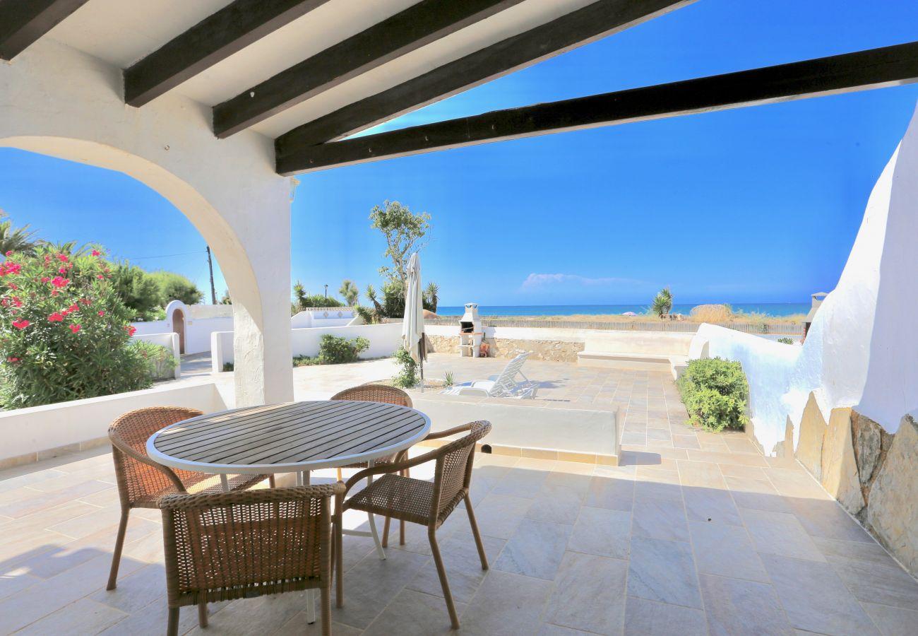 Villa in Denia - Villa EL SOL 1ª Línea Playa