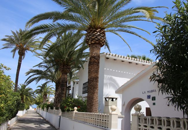 Villa in Denia - Villa LA MABRA 1ª Línea Playa
