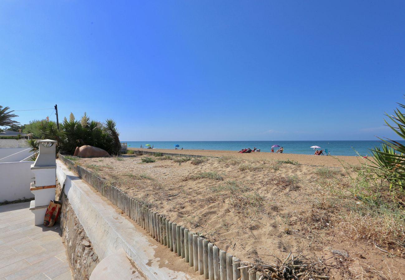 Villa à Denia - Villa EL SOL 1ª Línea Playa